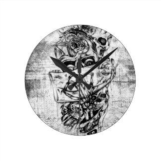 Cueza los cráneos al vapor ilustrados mano punky e reloj de pared