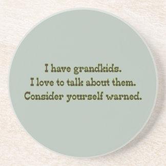 Cuidado de abuelos posavasos diseño