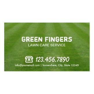 Cuidado del césped y ajardinar el campo verde tarjetas de visita