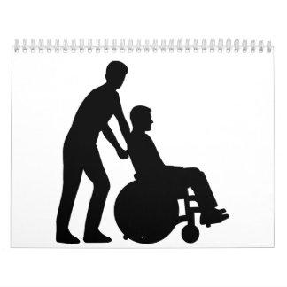 Cuidador de la silla de ruedas calendarios
