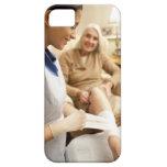 Cuide el embalaje del vendaje en la pierna de la funda para iPhone SE/5/5s