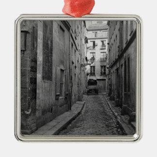 Cul-de-sac Saint-Ambroise Metal Ornament