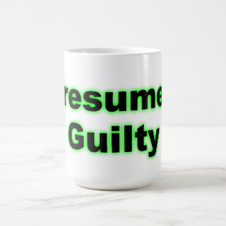 Culpable supuesta taza de café