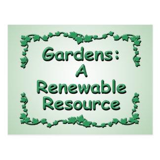 Cultivando un huerto, un recurso renovable tarjeta postal