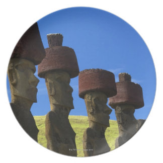 Cultural statues, Easter Island, Polynesia Dinner Plate