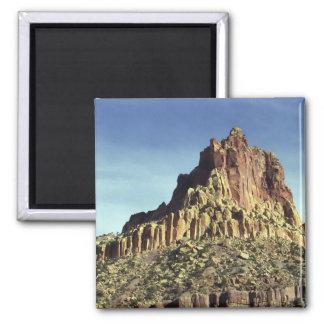 Cumbre de la montaña de la roca imán cuadrado