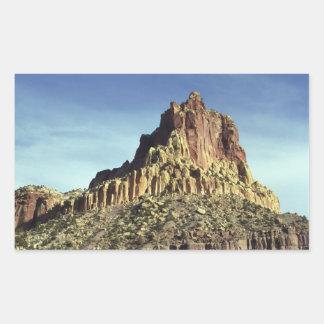 Cumbre de la montaña de la roca pegatina rectangular