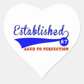 Cumpleaños 87 envejecido a la perfección pegatina de corazón