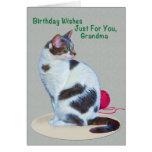 Cumpleaños, abuela, tarjeta de ojos verdes del gat