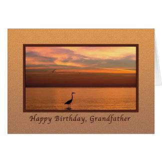 Cumpleaños, abuelo, vista al mar en la puesta del tarjeta de felicitación