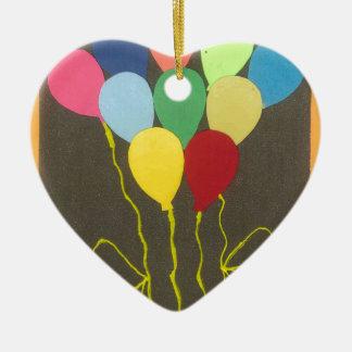 Cumpleaños amarillo de oro adorno de cerámica en forma de corazón