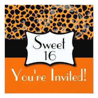 """Cumpleaños anaranjado del dulce 16 del guepardo invitación 5.25"""" x 5.25"""""""