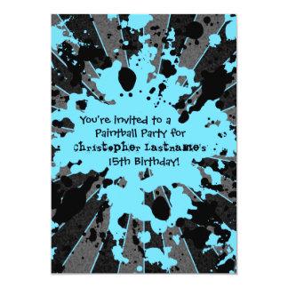 """Cumpleaños azul enrrollado de Paintball de la Invitación 5"""" X 7"""""""