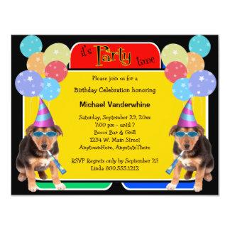 """Cumpleaños Barker del perrito del pastor alemán Invitación 4.25"""" X 5.5"""""""
