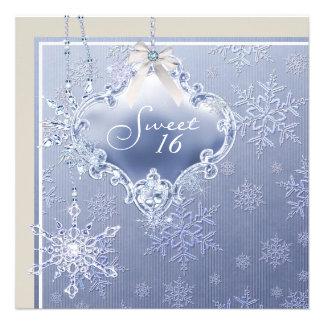 Cumpleaños blanco azul de marfil del dulce diecisé comunicados