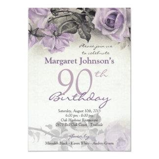"""Cumpleaños color de rosa púrpura de la plata invitación 5"""" x 7"""""""
