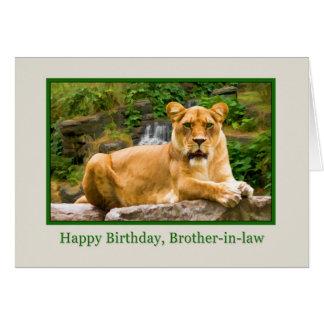 Cumpleaños, cuñado, león en una roca tarjeta de felicitación