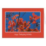 Cumpleaños de la acción de gracias -- Hojas de oto Tarjetón