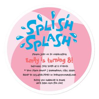"""Cumpleaños de los chicas de fiesta en la piscina invitación 5.25"""" x 5.25"""""""