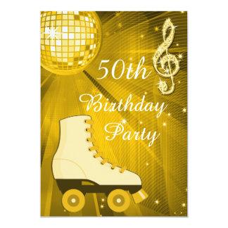 """Cumpleaños de los pcteres de ruedas de la bola de invitación 5"""" x 7"""""""