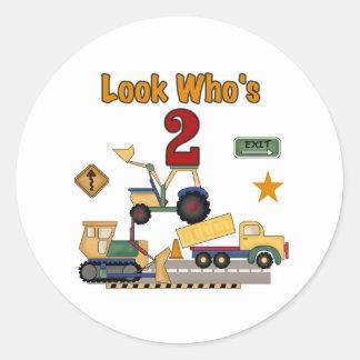 Cumpleaños de los vehículos de la construcción 2do pegatinas redondas