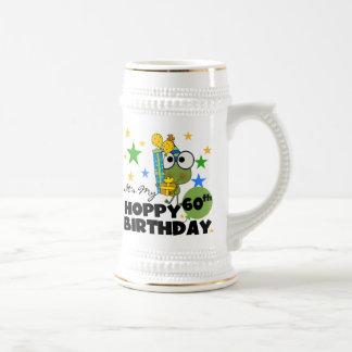Cumpleaños de lúpulo de Froggie 60.o Jarra De Cerveza
