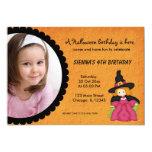 "Cumpleaños de Witchy Halloween (naranja) Invitación 5"" X 7"""