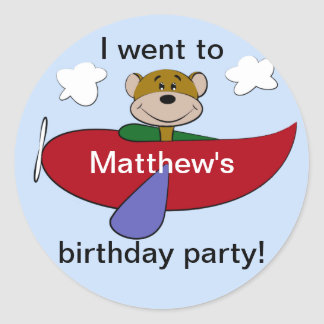 Cumpleaños del aeroplano del oso pegatina redonda