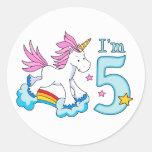 Cumpleaños del arco iris del unicornio 5to pegatinas redondas