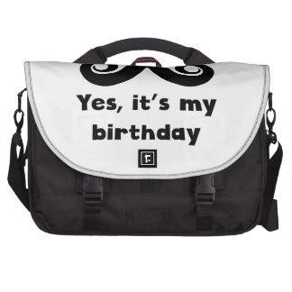 Cumpleaños del bigote bolsas de ordenador