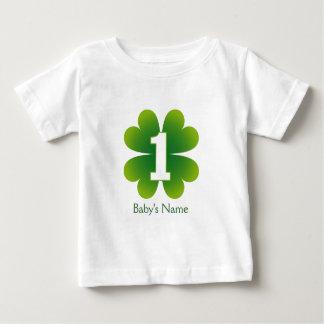 Cumpleaños del día del St. Patricks 1r Camisetas