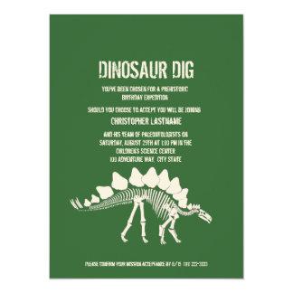 """Cumpleaños del empuje del dinosaurio invitación 5.5"""" x 7.5"""""""