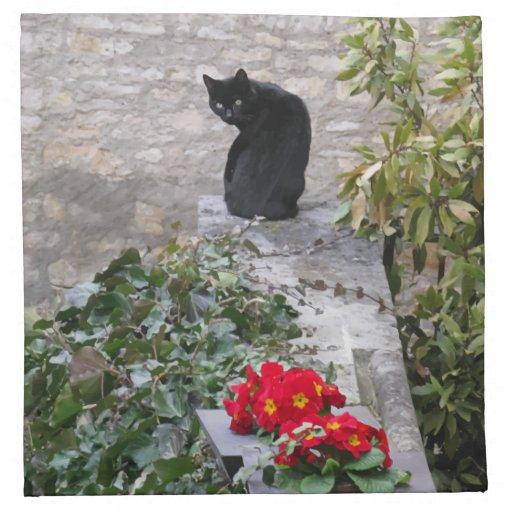 Cumpleaños del gato del jardín servilleta imprimida