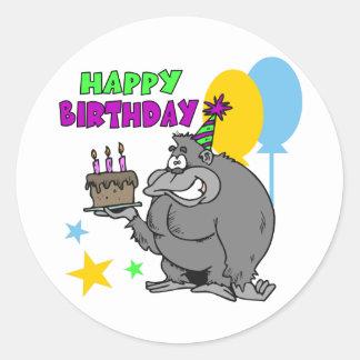 Cumpleaños del gorila pegatina redonda