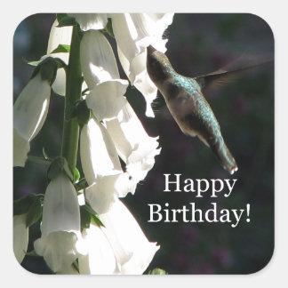 Cumpleaños del jardín del colibrí feliz colcomanias cuadradases