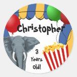 Cumpleaños del personalizado del carnaval del etiquetas redondas