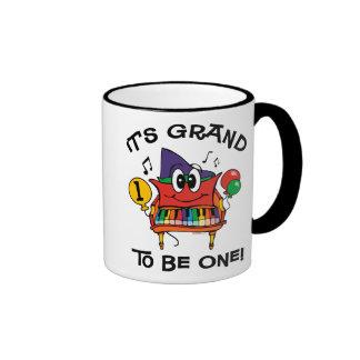 Cumpleaños del piano de piano de media cola 1r taza de café