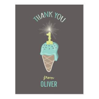 Cumpleaños del Sparkler del helado el 1r le Postales