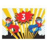 Cumpleaños del super héroe de los gemelos anuncio