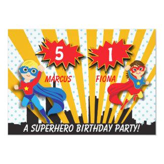 """Cumpleaños del super héroe del muchacho y del invitación 5"""" x 7"""""""