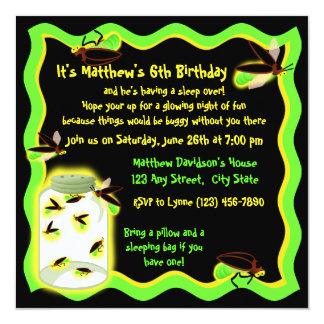 """Cumpleaños divertido de la luciérnaga invitación 5.25"""" x 5.25"""""""