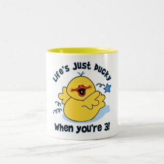 Cumpleaños Ducky de la vida el 3ro Tazas