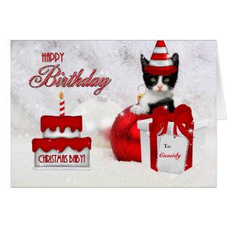 Cumpleaños en gato y la torta del día de navidad tarjetón