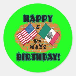 Cumpleaños feliz de Cinco de Mayo Pegatinas Redondas