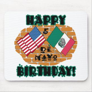 Cumpleaños feliz de Cinco de Mayo Tapete De Raton