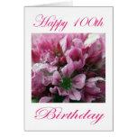 Cumpleaños feliz de la flor rosada y verde 100o felicitación