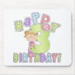 Cumpleaños feliz de los chicas 3ro alfombrilla de raton