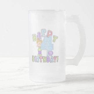 Cumpleaños feliz de los chicas 4to taza de cristal