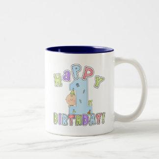 Cumpleaños feliz de los muchachos 1r tazas de café