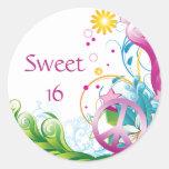 Cumpleaños floral tropical del signo de la paz pegatinas redondas
